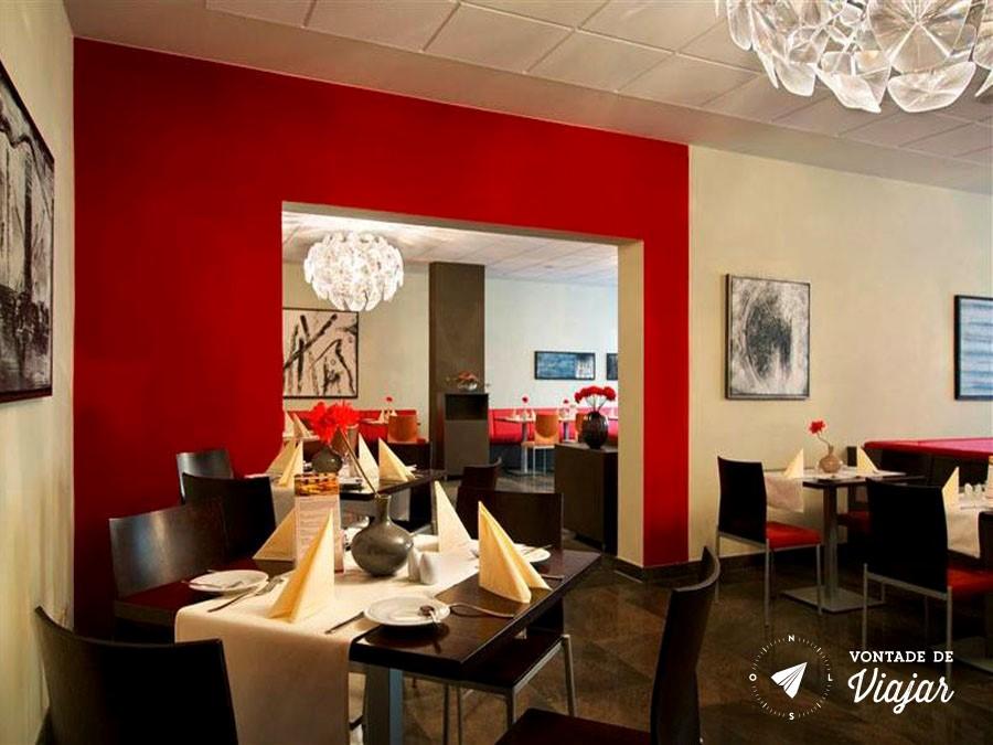 Onde ficar em Dresden - Salao do cafe da manha no hostel