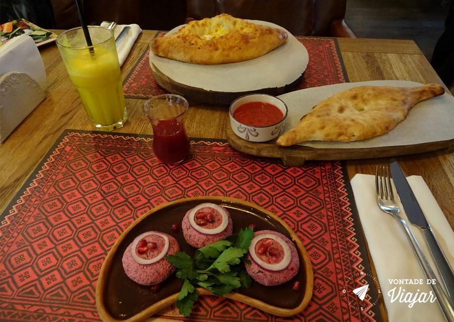 restaurantes-na-russia-pratos-tipicos-georgianos-em-sao-petersburgo