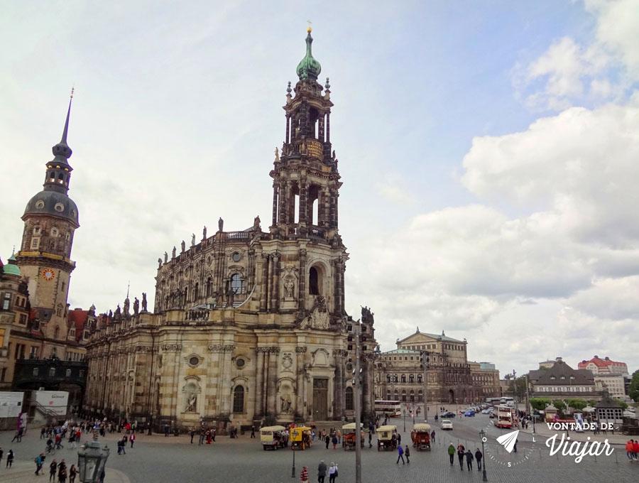 O que fazer em Dresden - Hofkirche igreja catolica na Alemanha