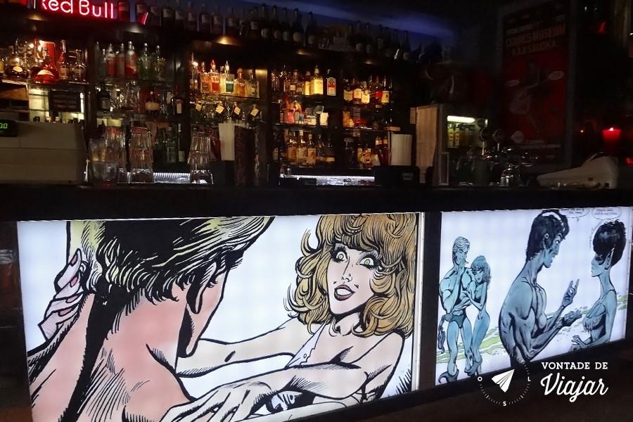 Pub Crawl em Praga - Batalion bar de quadrinhos