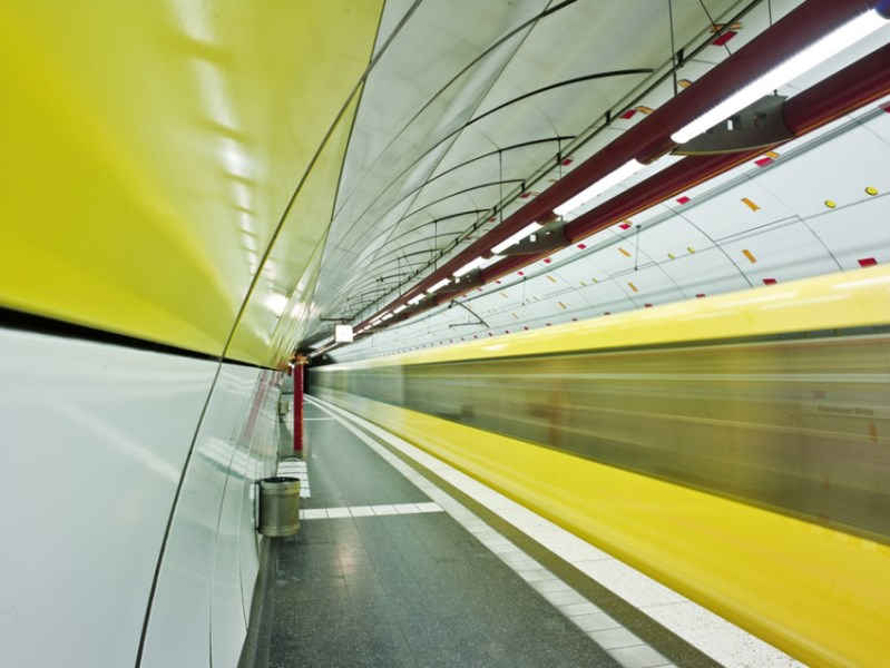 metro-na-alemanha-estacao-altenessen-mitte-em-essen-foto-de-micha-pawlitzki