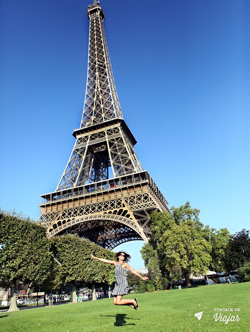 programas-diferentes-em-paris-sessao-de-fotos-na-torre-eiffel
