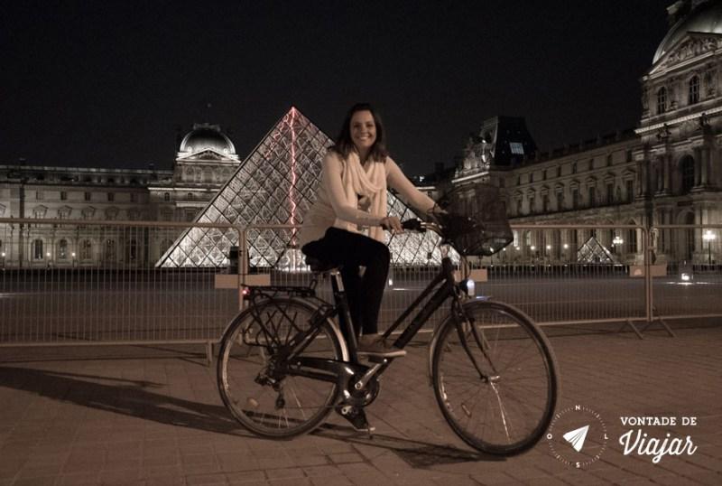 programas-diferentes-em-paris-tour-de-bicicleta-a-noite-em-paris