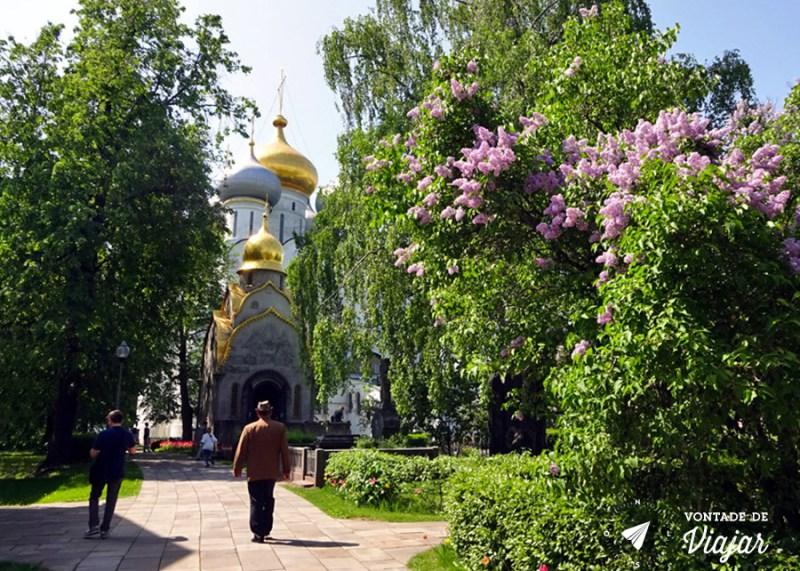 convento-de-novodevichy-em-moscou-parque-e-catedral