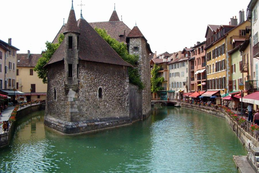 annecy-franca-palais-de-lisle-foto-sergio