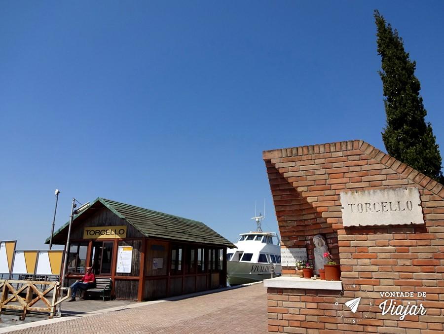 Ilhas de Veneza - Pier do tour de barco em Torcello