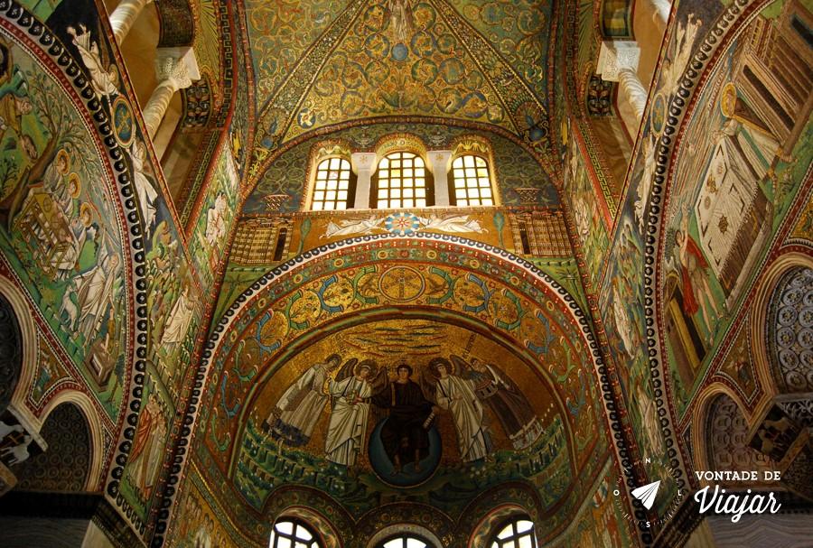 Ravena Italia - Altar da Basilica de Sao Vital