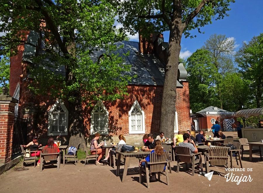 Tsarkoe Selo - Cafe no almirantado nos jardins de Catarina