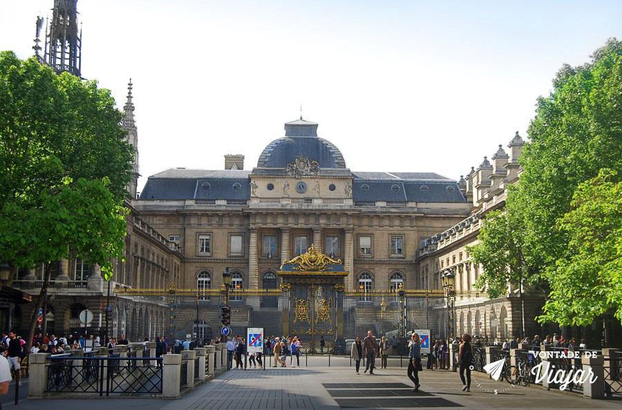 Horloge - Palacio de Justica em Paris