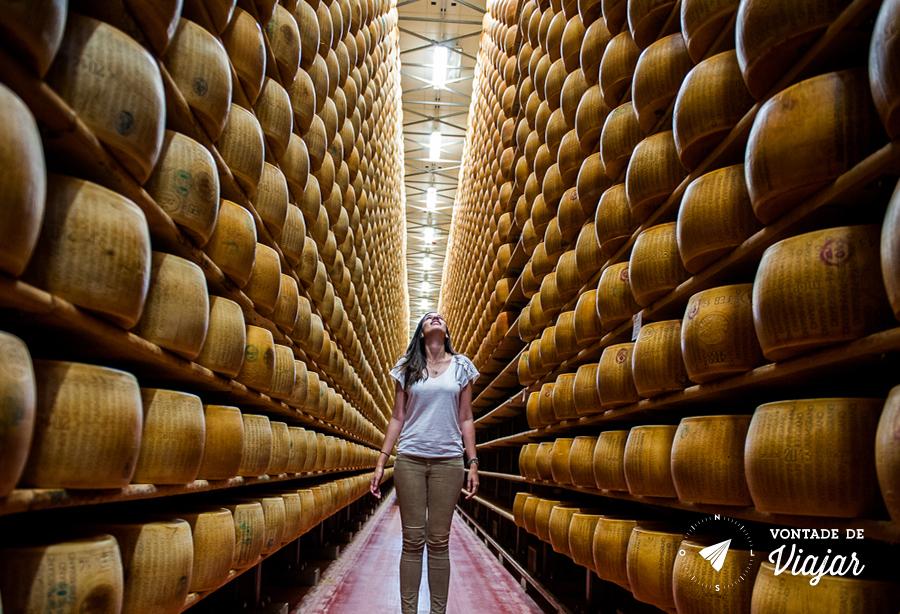 modena-producao-de-queijo-parmigiano-reggiano
