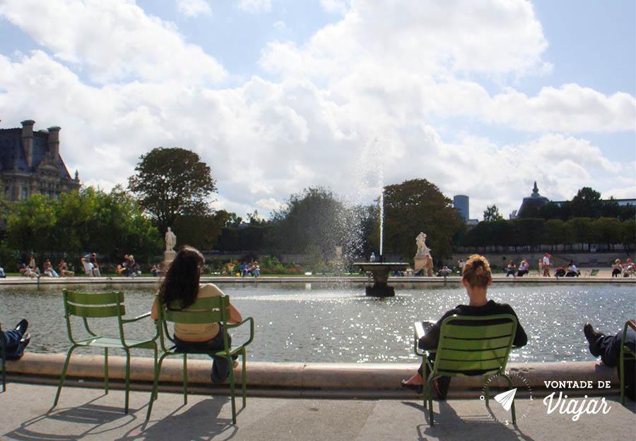 paris-jardim-de-luxemburgo-perfeito-para-ler-um-livro