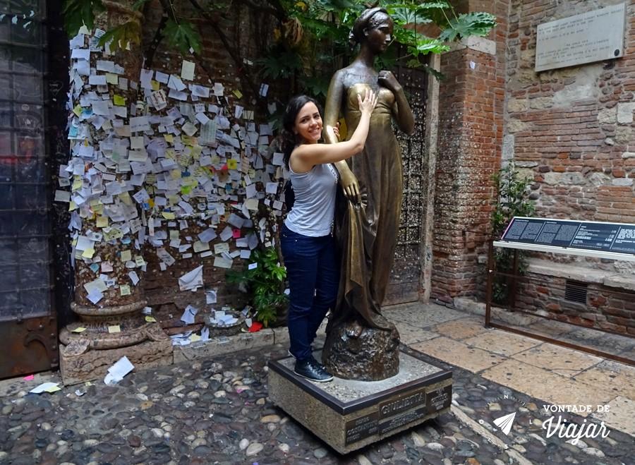 Romeu e Julieta História - Estatua de Julieta de capuleto