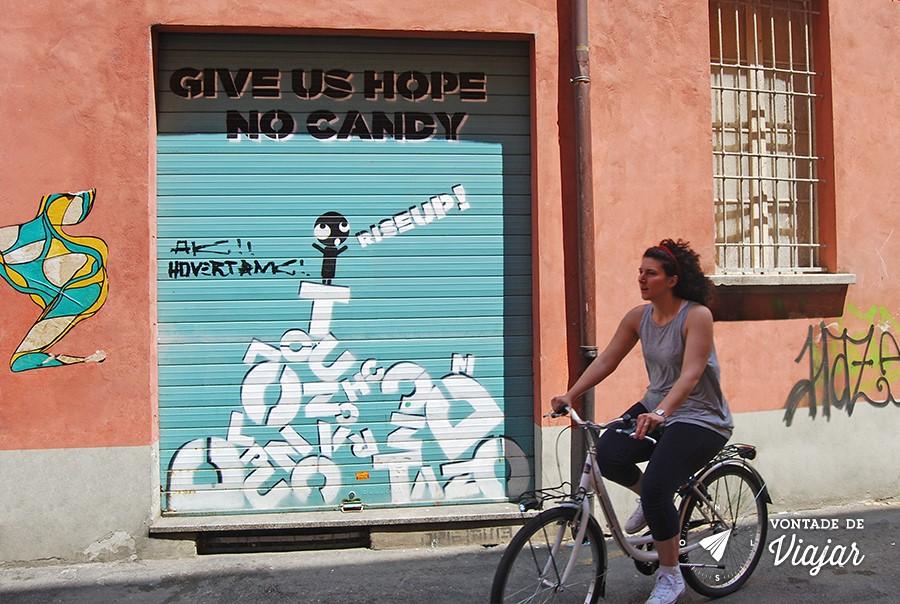 bolonha-street-art-graffiti-e-bike