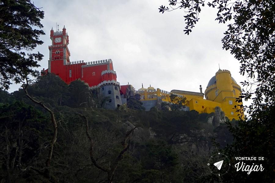 Sintra Eca de Queiroz - Palacio da Pena no alto do parque