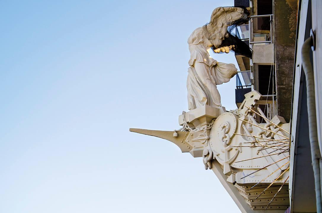 castillo-pittamiglio-em-montevideu-vitoria-de-samotracia-foto-facebook-oficial