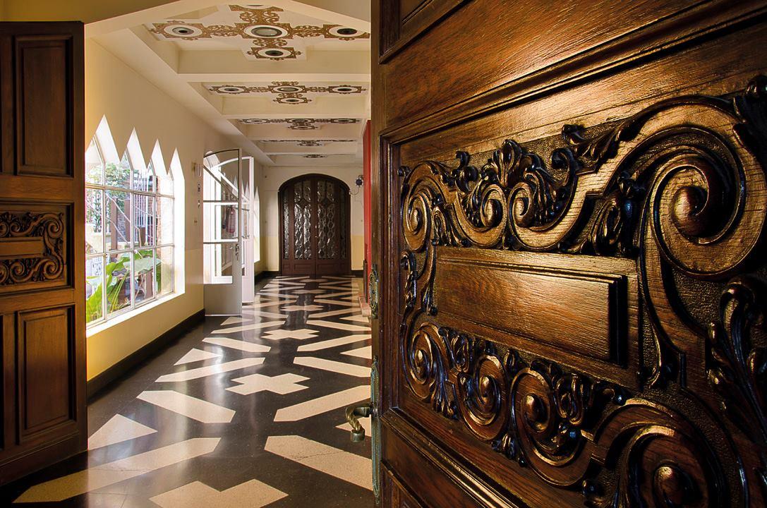 castillo-pittamiglio-em-montevideu-corredor-foto-facebook-oficial