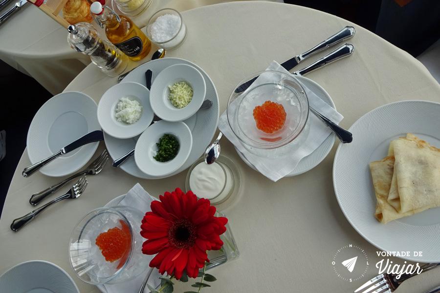 russia-blini-de-caviar-em-sao-petersburgo