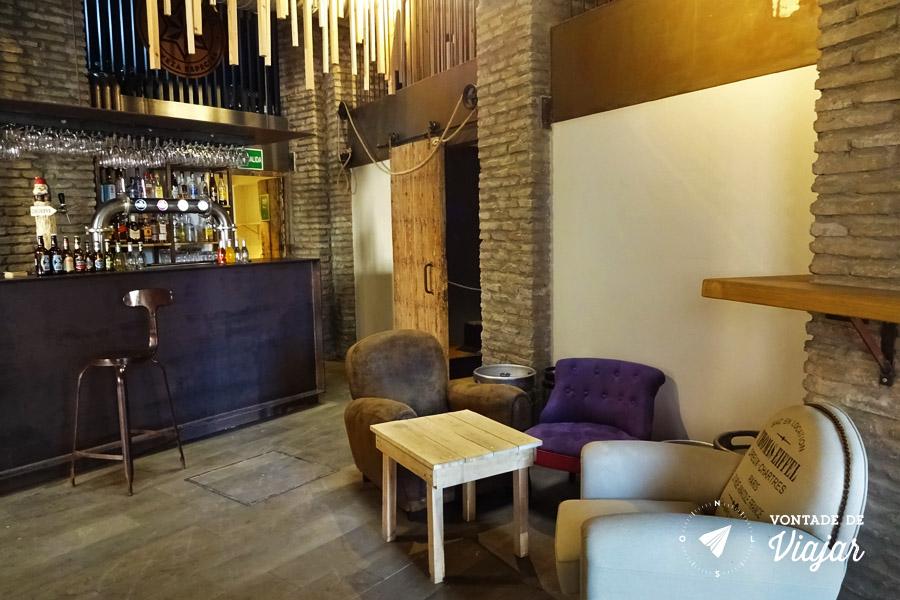 Hostel em Sevilha - Bar do albergue