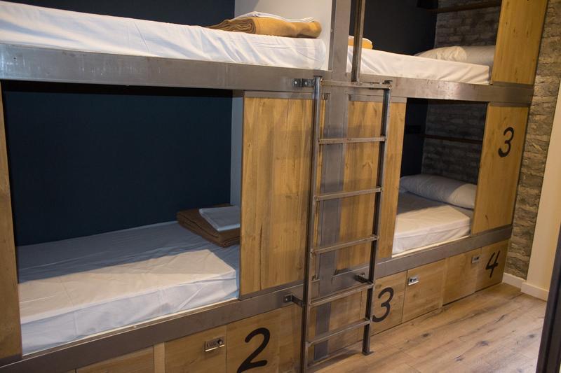 Hostel em Sevilha - Beliche no quarto compartilhado