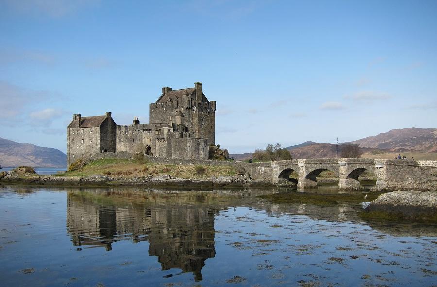 Filmes no Reino Unido - Melhor Amigo da Noiva - Eilean Donan Castle - foto Stuart Pinfold