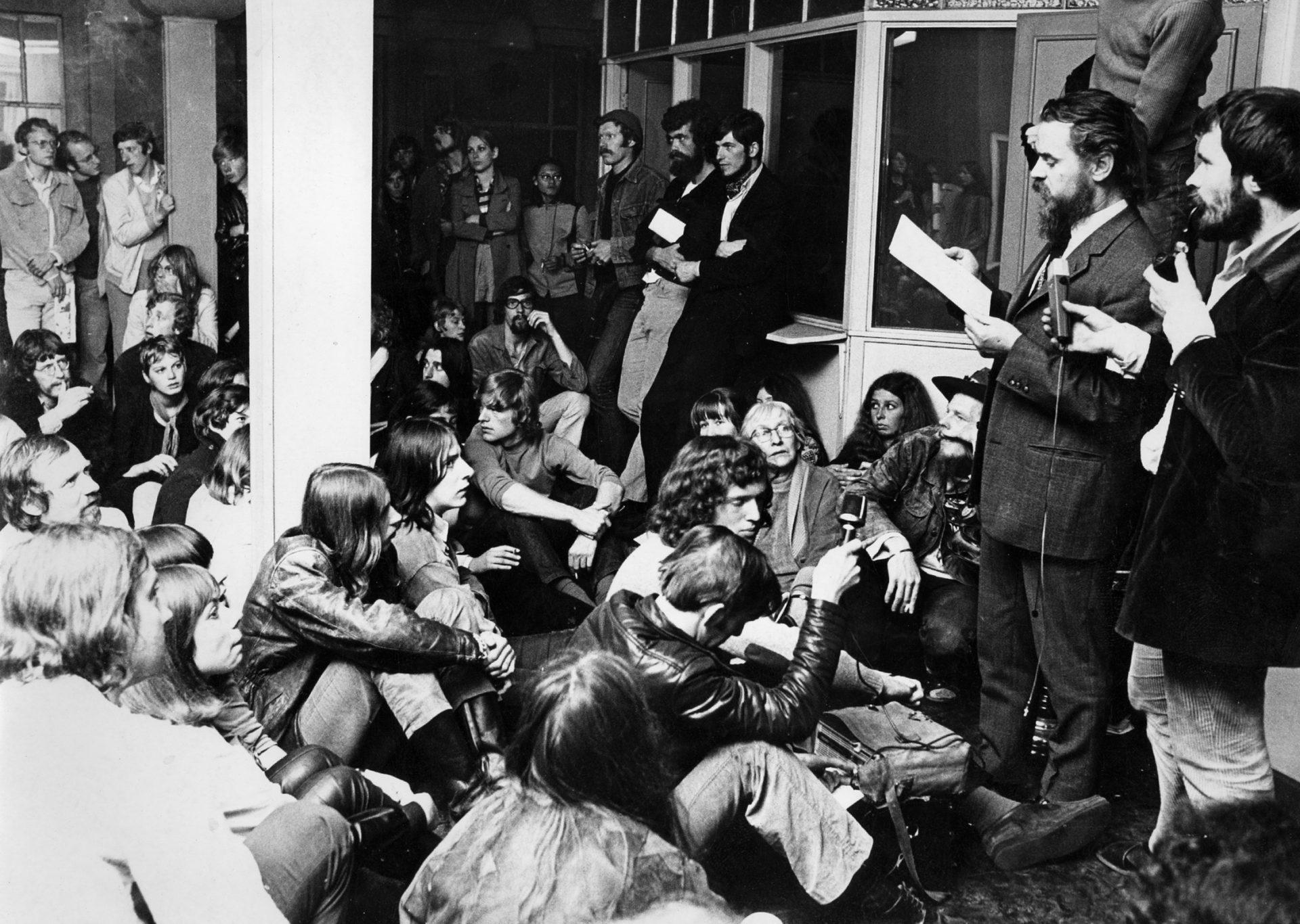 Provos Amsterdam - Reuniao do Kabouters grupo de squatters 1970