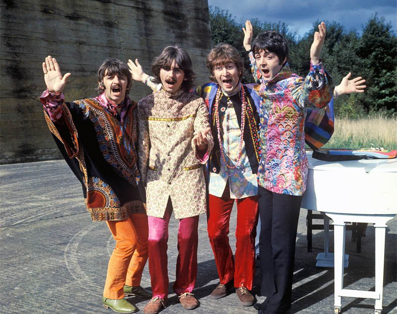 Beatles Magical Mystery Tour - Figurino feito por Marijke Koger e Josje Leeger
