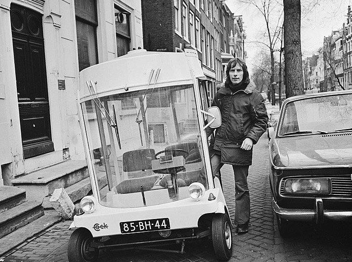 Provos Amsterdam - Witkar carro eletrico criado por Luud Schimmelpennink em 1974