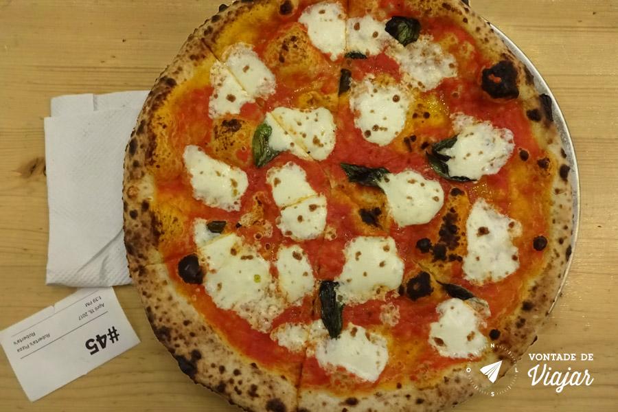 Food halls em Nova York - Urbanspace Vanderbilt - Robertas Pizza