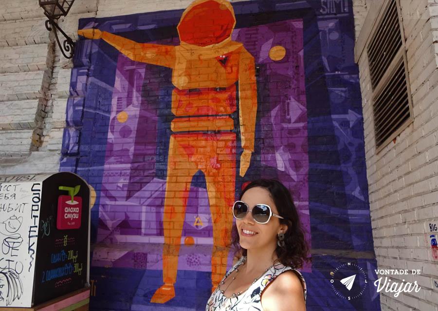 Moscou Red October - Street art astronauta