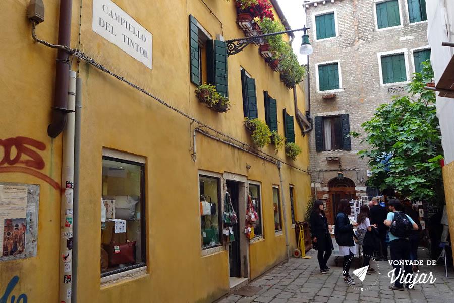 Livraria Acqua Alta Veneza - Onde fica a livraria
