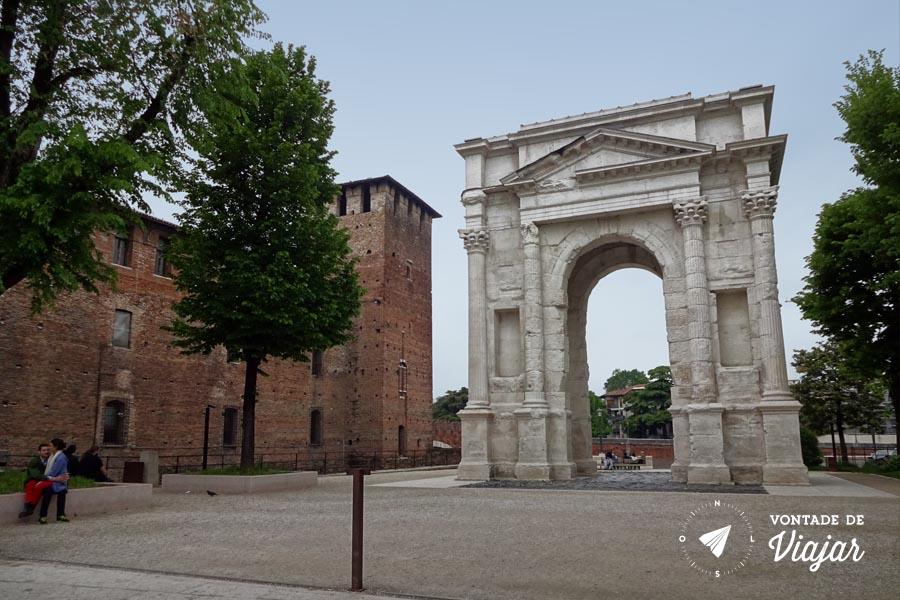 O que fazer em Verona Italia - Arco dei Gavi