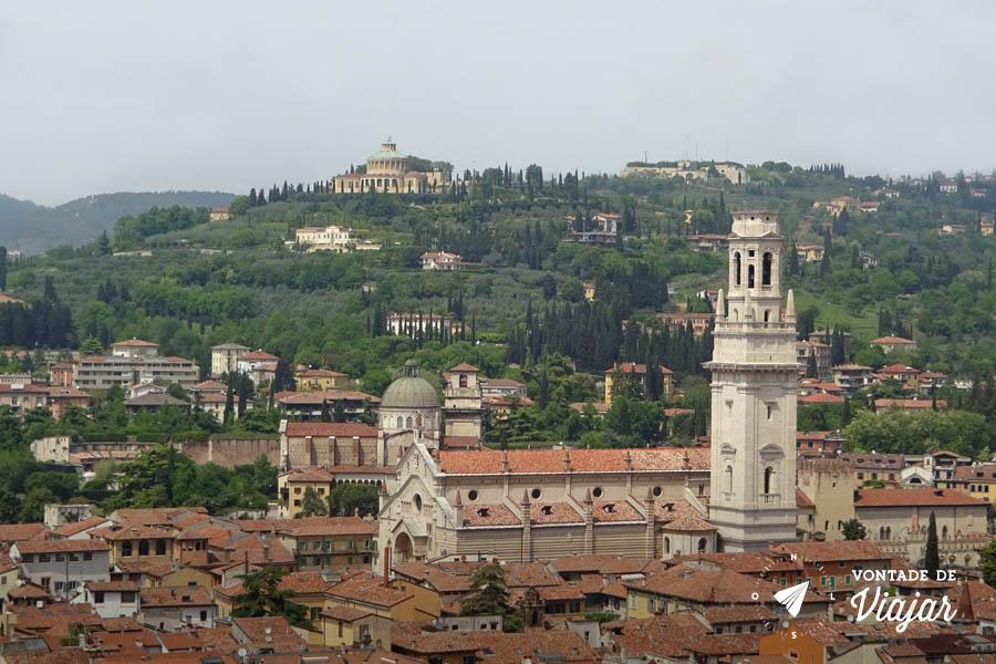 O que fazer em Verona Italia - Torre dei Lamberti vista do Duomo de Verona