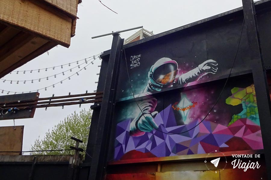 Street art Londres - mural astronauta em Shoreditch