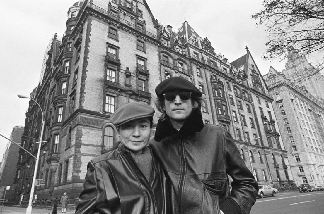 Viagens para lembrar John Lennon - com Yoko no Predio Dakota - Foto David Shankbone