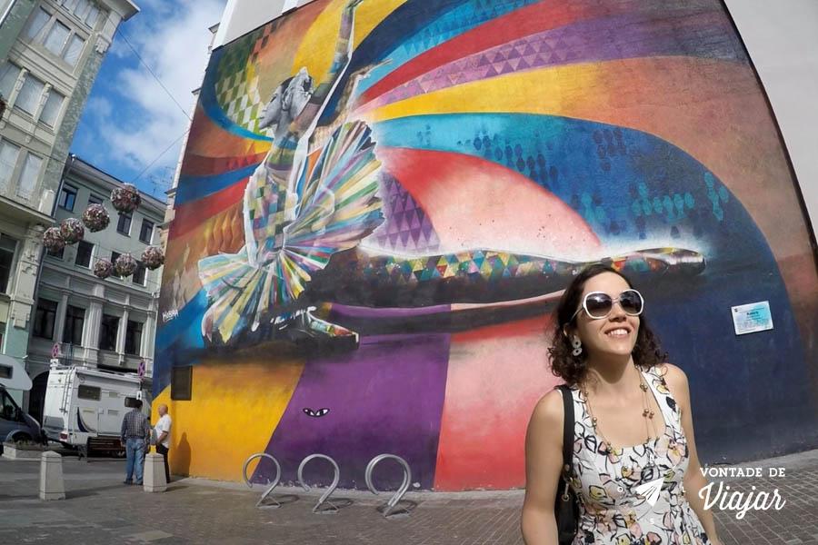 Graffiti Bailarina Kobra em Moscou - Mural Maya Plisetskaya
