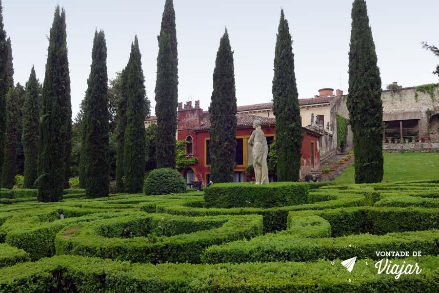 O que fazer em Verona - Giardino Giusti estatuas no jardim