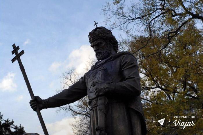 Roteiro de viagem Bulgaria - Estatua em Sofia