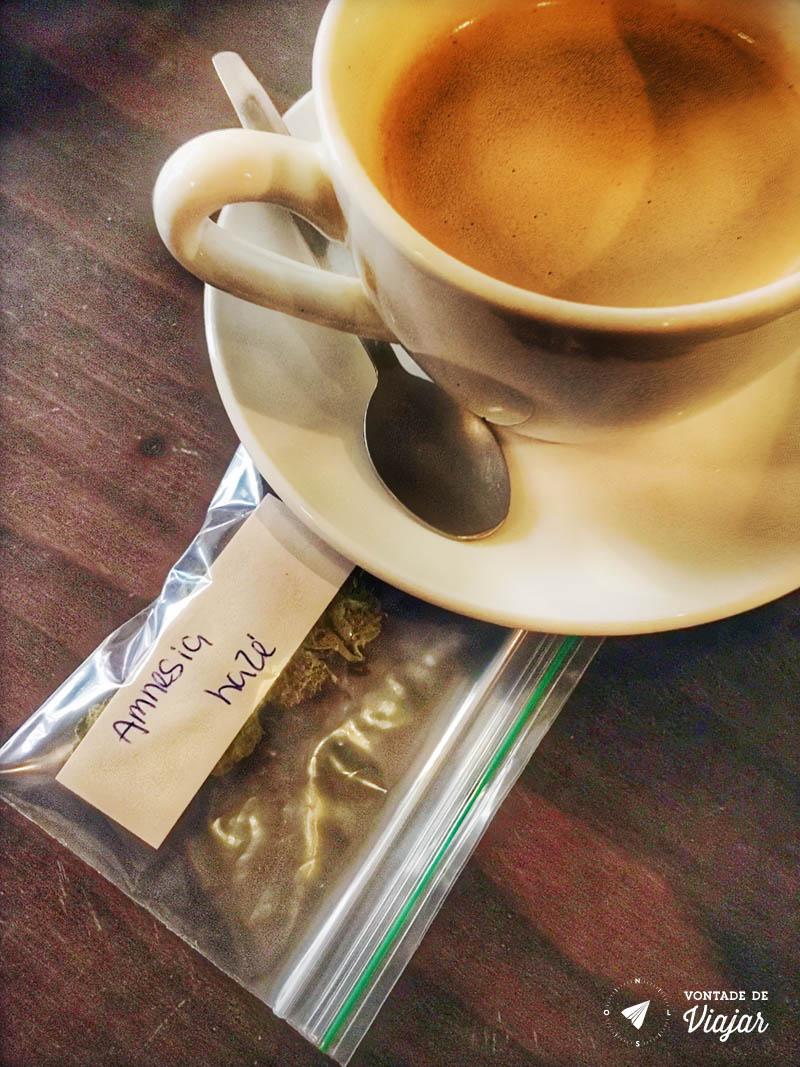 Amsterdam - Drogas - Coffee shop na Holanda