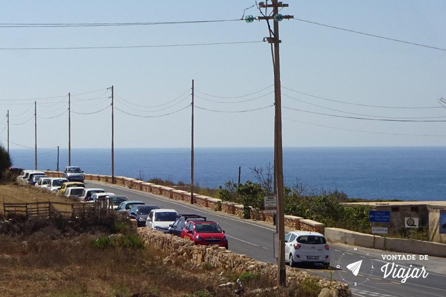 Aluguel de carro em Malta - Carros na estrada em Malta