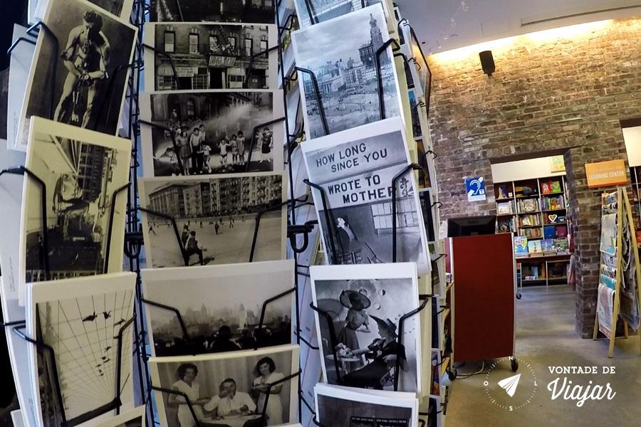 Tenement Museum - Postais na loja do museu