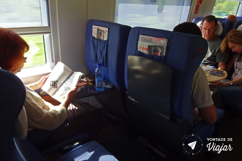 Trem na Europa - Espaco entre as poltronas