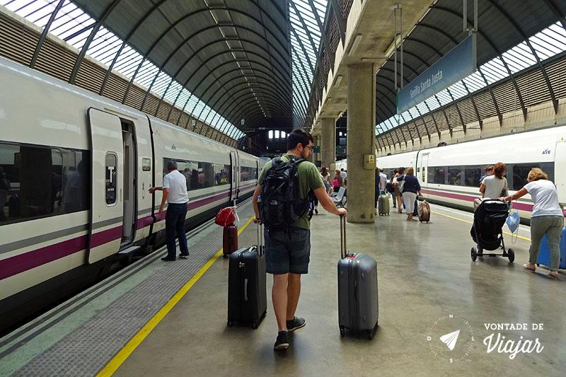 Trem na Europa - Estacao de trem de Sevilha AVE