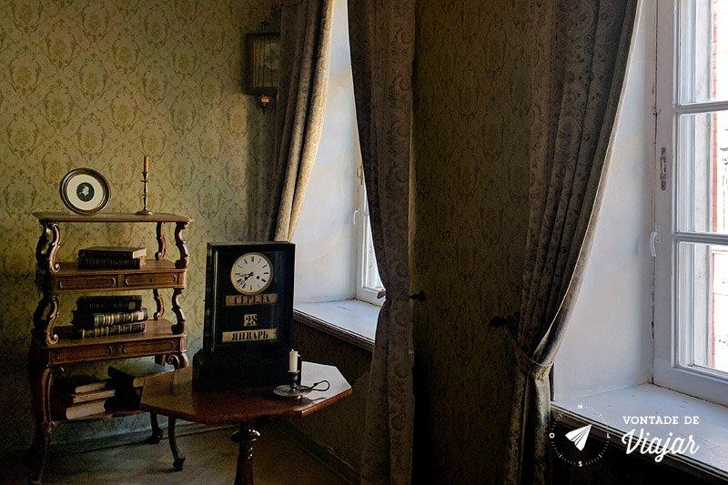 Sao Petersburgo - apartamento de Dostoievski relogio na hora da morte