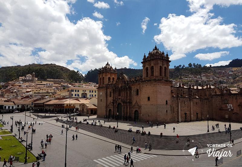 Cusco Peru - Plaza de Armas vista da Igreja da Companhia de Jesus